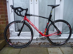 Specialized S Works Tarmac E5 (57cm U2013 Large) Red And Black. Carbon Forks  And Carbon / Aluminium Frame.
