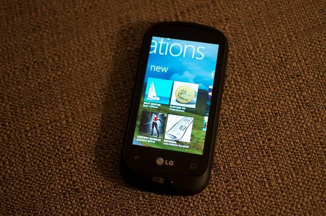LG Windows Phone 7