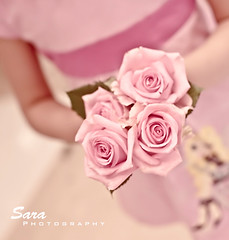 (Sara Abdulaziz ~) Tags: life pink flowers party love girl beautiful canon photography long child hand sweet princesss