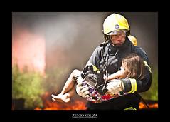 Quem disse que anjo tem que ter asas? (Zenio Souza) Tags: brazil minasgerais fire minas vida fireman resgate bombeiros salvamento corpodebombeiros cbmmg zeniosouza