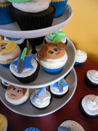 Lego Star Wars Birthday Party Cupcakes 1