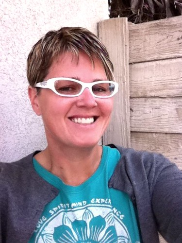 Buying Eyeglasses Online Keira Knightley Mickey Rourke