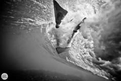 JP5W1517 (speed of light photography) Tags: surf waves beach sydney bodyboard tamarama wetsuit surfboard barrel tube flippers fins tamaramabodyboardclub tbc under water aquatech canon 1d mk 2