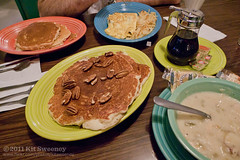 Shrove Tuesday (kit) Tags: food newmexico pancakes soup restaurant albuquerque nm pecan mannies greenchile kitsweeney greenchilechickensoup manniesfamilyrestaurant