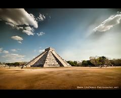 Chichen Itza (Lee Carus) Tags: sun mexico pyramid maya snake sony solstice mayan serpent chichen itza 2011 a900