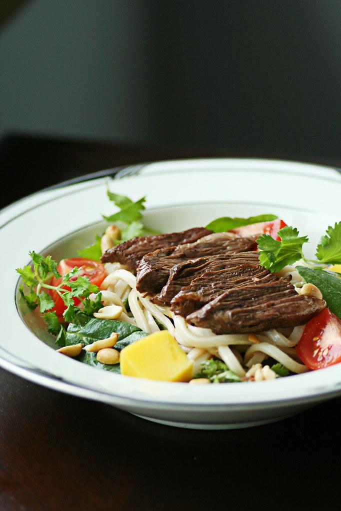 thai ssteak salad