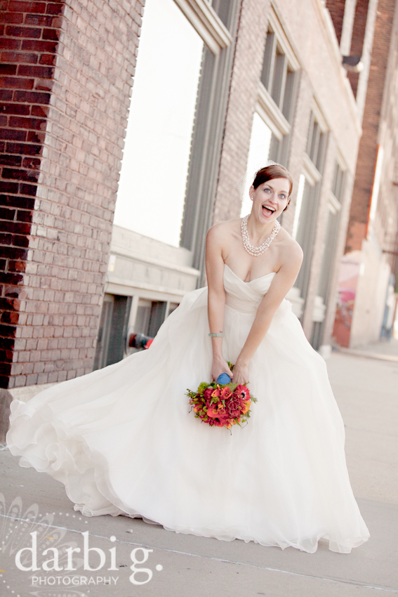 Darbi G Photography-Kansas city wedding photographer-hobbs building-DarbiGPhotography-041611-CaitJeff-w-2-196
