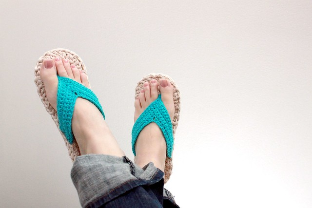Plus Size Crochet; Flip Flop Fun - Lion Brand Yarn
