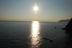 Sunset over the Ligurian Sea (metrosnapshot) Tags: cinqueterre vernazza monterosso manarola riomaggiore corniglia