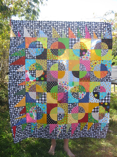 Dot quilt - one border to go