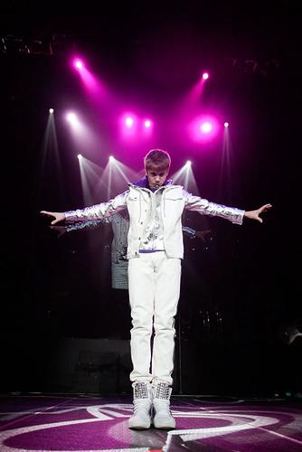 justin bieber in singapore 2011. Justin Bieber Singapore 2011