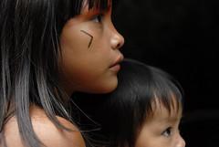 (Lucille Kanzawa) Tags: brazil brasil children brazilian indians crianas brazilianindians tocadaraposa kuikurus ndiobrasileiro lucillekanzawa