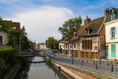 Rue Motte | Amiens (CrOS Photographie) Tags: street old city houses urban france water river canal eau cityscape maisons sigma rivire rue amiens ville vieille colombage timbered colombages somme 1770mmf2845dcmacro