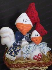Dupla de galinhas (Mnica Forti - Arte em Feltro & Cia.) Tags: feltro em galinhas