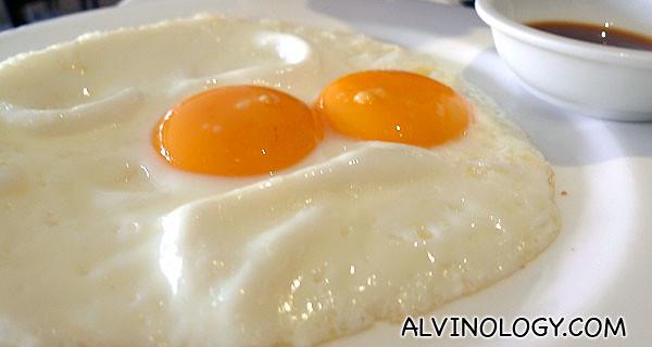 Rachel like her eggs sunny-side up