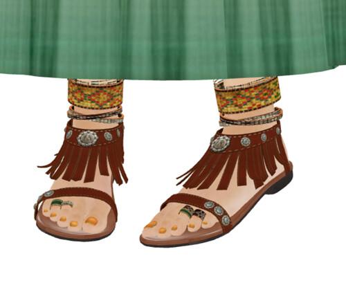 amaama+ Ethnic Fringe Sandal fp