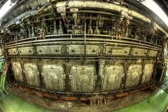 MV Artic - le moteur, V14, environ 14000HP, 2 tages de haut, les locomotives peuvent aller se rhabiller ! (Eric Constantineau - www.ericconstantineau.com) Tags: ice port boat eric cargo bateau artic breaker glace mv brise constantineau ericconstantineau mvartic