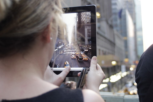 The iPad of Manhattanhenge / Timothy Krause