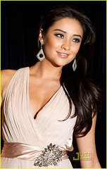Shay Mitchell (ILovatic) Tags: emily pretty little fields shay mitchell liars