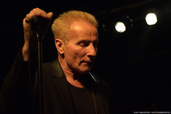 Phil Mogg - UFO @ Aschaffenburg (t.klick) Tags: music germany band ufo onstage musik hardrock aschaffenburg bhne liveinconcert colossaal clubgig barrysparks paulraymond andyparker vinniemoore philmogg lastfm:event=1893552