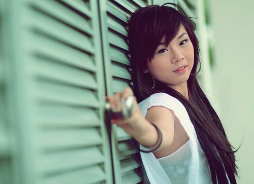 [フリー画像] 人物, 女性, アジア女性, 201107050300