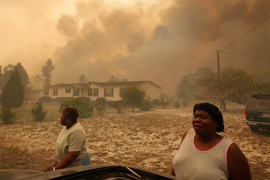 Fast-Moving Wildfire Threatens Coastal Tourist Towns In South Carolina