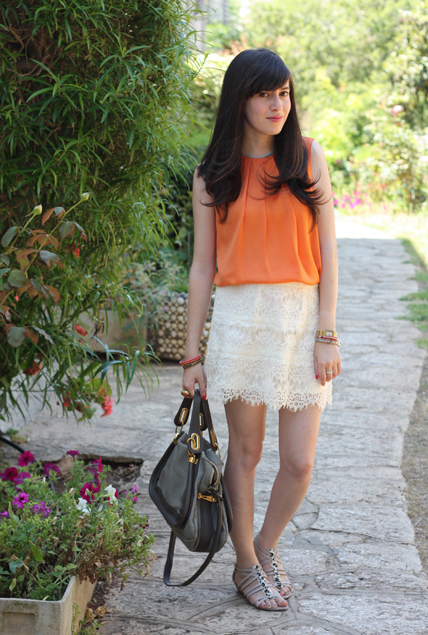 orange_top_lace_skirt4