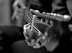 GUITARRA (ala_j22) Tags: hands guitar guitarra music musicos guitarrista f14mm nikond7000 sigma30mmf14