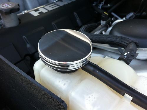 Mr Gasket 6721G Radiator Cap Cover for Challenger