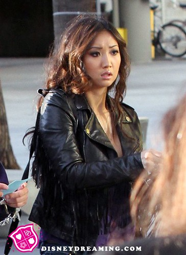 brenda song 2011. Brenda Song Lakers Basketball