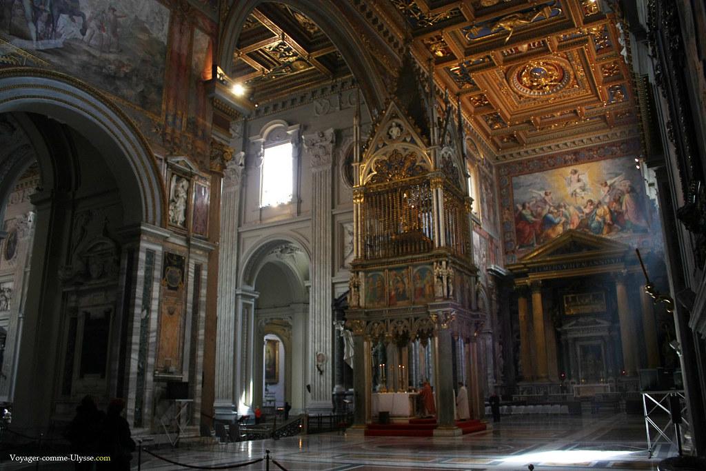 L'Autel Papal