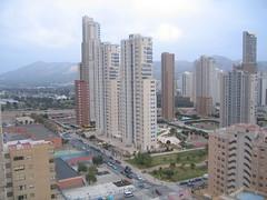 Apartamento en Benidorm situado en la zona juzgados provisto de 1 dormitorio en urbanización completa y con unas vistas impresionantes a toda la ciudad, infórmese en inmobiliaria benidorm. Consulte precio a su inmobiliaria en Benidorm, Asegil www.inmobiliariabenidorm.com