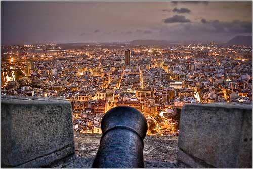 Vista de Alicante desde el Castillo de Santa Bárbara