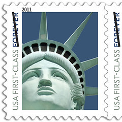 statue-stamp