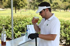 Nick Lachey at the 7th hole (The Macallan - The single Malt) Tags: golf nick tournament whisky scotch singlemalt lachey themacallan 7thhole themacallanbar