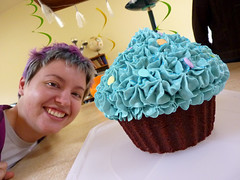 cupcake as big as a head??