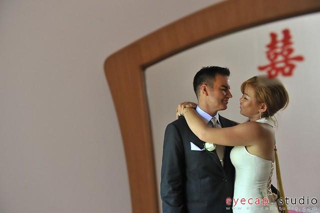 ashley & carmen wedding day photo, wedding day photography service