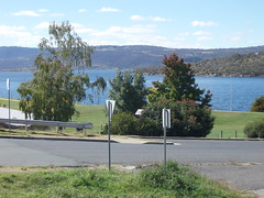 SE NSW 048 (ally portugal) Tags: snowymountains southnsw heidisteahouse lakejidabyne