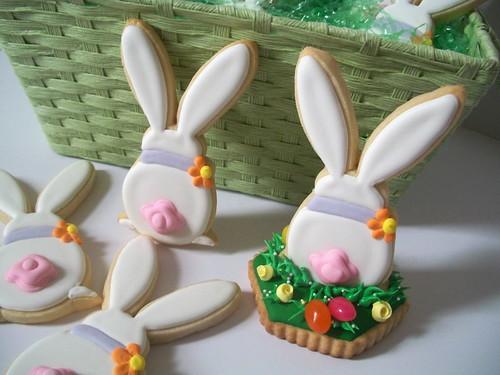 Standing Bunny by Brenda's Cakes - Ohio