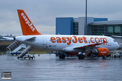 G-EZEW - 2300 - Easyjet - Airbus A319-111 - Luton - 110126 - Steven Gray - IMG_8507