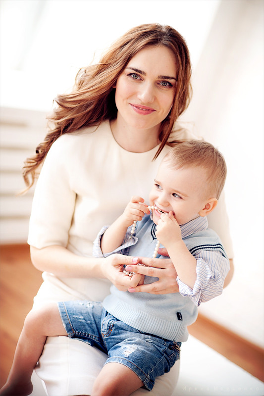 Фотосессия мама и малыш. Фотограф Ирина Марьенко. Fotostomp.ru