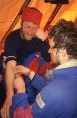 Misha takes Max's blood (Weber Arctic Expeditions) Tags: ice richard misha weber northpole frostbite arcticocean polarexpedition malakhov wardhuntisland fischerskis polarbridge polartraining capearkticheskiy dimitrishparo shparo