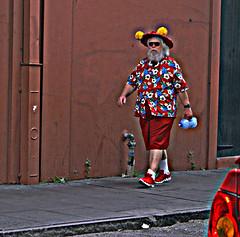 Santa Claus on Burbon Street (jupiterg) Tags: santa street fatherchristmas santaclaus stnicholas claus kriskringle hawaiianshirt hdr perenoel sinterklass julenissen babbonatale burbonstreet burbon viejopascuero laoren dedmoroz christkind kerstman   shengdan babouschka kanakaloka shengdanlaoren hoteiosho hotwalkingtennisshoes alohashirtredshorts tomtenjultomten santaclausonburbonstreet