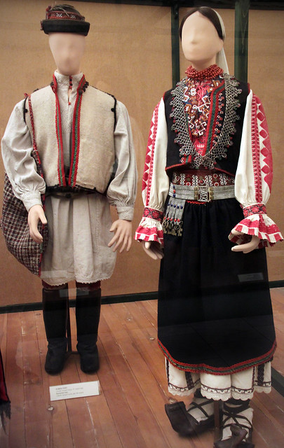 Rumanian couple, Cserbel, hunyad county, late 19th centry