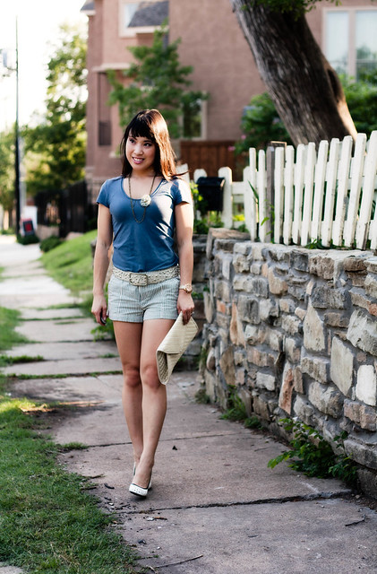 banana republic blue luxe tee forever 21 striped linen woven shorts jessica simpson polka dot pumps mk 5430 flower necklace white studded belt