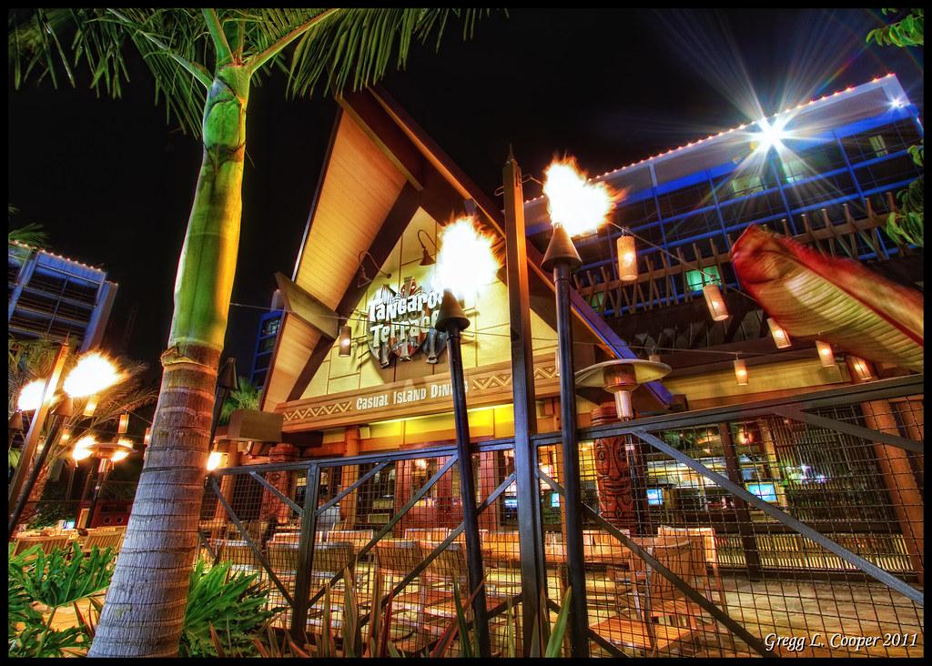Tongaroa Terrace - Disneyland Hotel