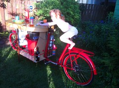 sunny day keg_09 (METROFIETS) Tags: green beer bike bicycle oregon garden portland construction paint nw box handmade steel weld coat transport craft cargo torch frame pdx custom load cirque woodstove builder haul carfree hpm suppenkuche stumptown paragon stp chrisking shimano custombike cargobike handbuilt beerbike workbike bakfiets cycletruck rosecity crafted 4130 bikeportland 2011 braze longjohn paradiselodge seattlebikeexpo nahbs movebybike kcg phillipross bikefun obca ohbs jamienichols boxbike handmadebike oregonhandmadebikeshow nntma hopworks metrofiets cirqueducycling oregonmanifest matthewcaracoglia palletbike oregonframebuilder seattlebikeshow bikefarmer trailheadcoffee