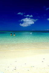 Sha la la ~ (( _`) Sho) Tags: summer beach japan swimming island paradise  okinawa   miyako