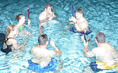 New students learn about scuba diving
