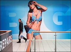 Shopper (Charles Hamilton Photography) Tags: urban girl glasgow streetphotography tesco shoppingmall biggirl shopper buchanangalleries glasgowstreetscene flickraward